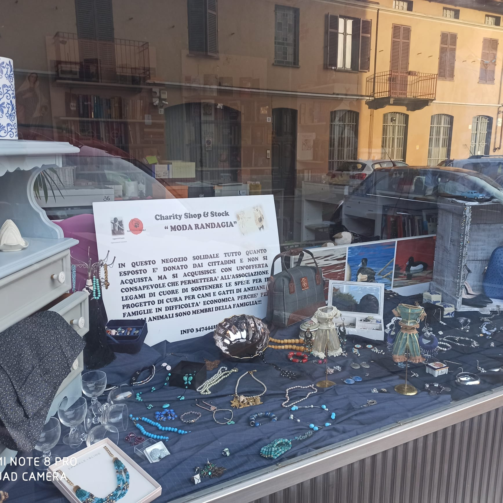 Il Charity Shop sbarca a Biella